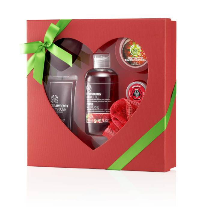THE BODY SHOP GIFT MEDIUM STRAWBERRY , Rs 2495