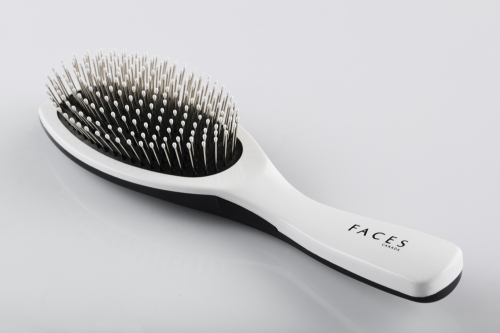 FACES Cushion Brush- Large. Rs 259