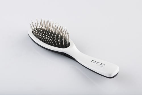 FACES Cushion Brush- Small. Rs 179